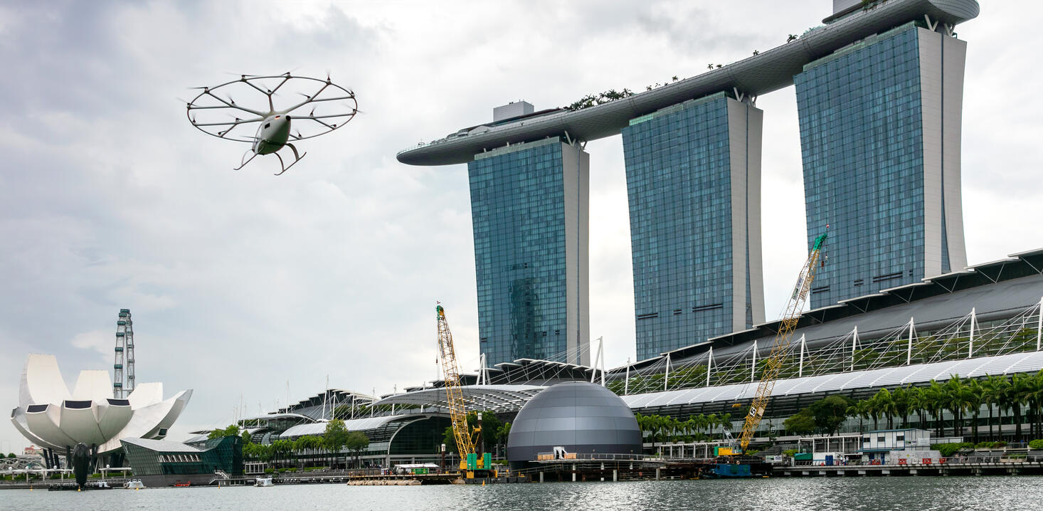 Volocopter VoloCity flies in Singapore